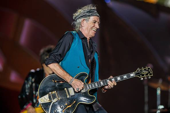 INDIANAPOLIS, IN - JUL 04: Keith Richards of the Rolling Stones performs at the Indianapolis Motor Speedway on July 4, 2015 in Indianapolis, Indiana. (Photo by Michael Hickey/Getty Images) *** Local Caption *** Keith Richards