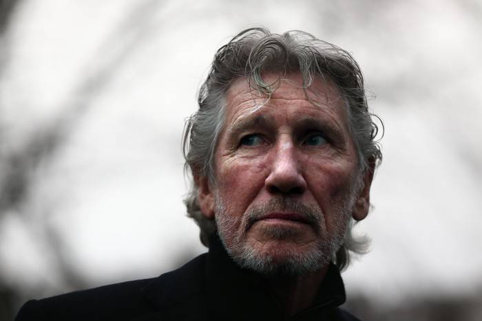 LONDON, ENGLAND - FEBRUARY 13:  Former Pink Floyd member, Roger Waters, attends a protest by the We Stand With Shaker campaign group to highlight the situation of Shaker Aamer, the last Briton to be detained in Guantanamo  Bay, outside the U.S embassy on February 13, 2015 in London, England. The protest was called after US Ambassador Matthew Barzun allegedly refused to accept delivery of the card highlighting that Shaker Aamer has been held in detention in Guantanamo Bay for 13 years.  (Photo by Carl Court/Getty Images)
