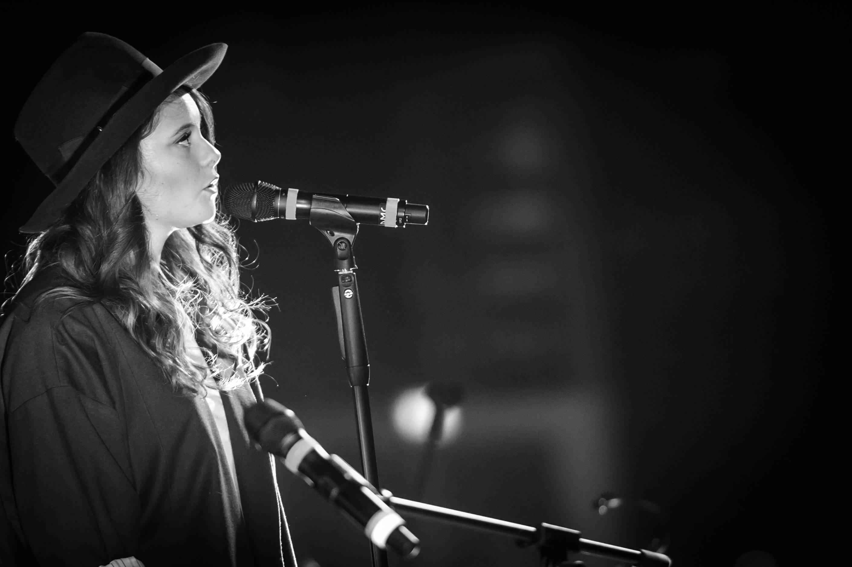 MILANO 21/10/2015 FRANCESCA MICHIELIN UNICREDIT PAVILLION NELLA FOTO FRANCESCA MICHIELIN FOTO:PRANDONI FRANCESCO *** Local Caption *** Francesca Michielin (Bassano del Grappa, 25 febbraio 1995)  una cantautrice italiana. Ha raggiunto la notorietˆ nel 2011 in seguito alla partecipazione e vittoria della quinta edizione del talent show X Factor.[2][3][4] Ad oggi, dopo la realizzazione solista di un EP, un album in studio e otto singoli, la FIMI certifica le sue vendite complessive per pi di 385.000 copie.[5] Durante la sua carriera ha vinto anche un Premio Videoclip Italiano, un Wind Music Awards ed un Premio Lunezia.