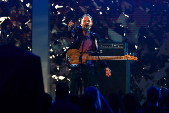 TORONTO, ON - FEBRUARY 14:  Musician Sting performs at halftime during the NBA All-Star Game 2016 at the Air Canada Centre on February 14, 2016 in Toronto, Ontario. NOTE TO USER: User expressly acknowledges and agrees that, by downloading and/or using this Photograph, user is consenting to the terms and conditions of the Getty Images License Agreement.  (Photo by Elsa/Getty Images)