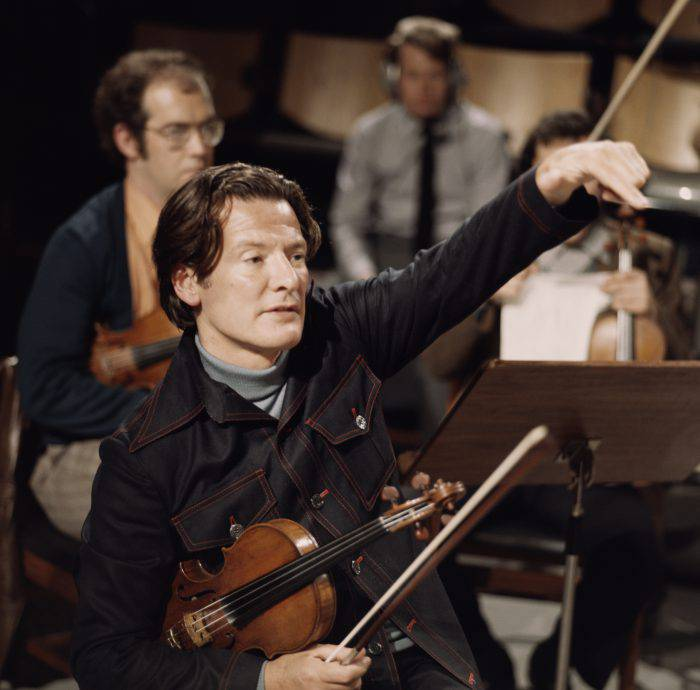 English conductor and violinist Neville Marriner, circa 1965. (Photo by Erich Auerbach/Hulton Archive/Getty Images)